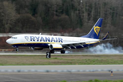 Boeing 737-8AS(WL) Ryanair EI-FZG LN6327
