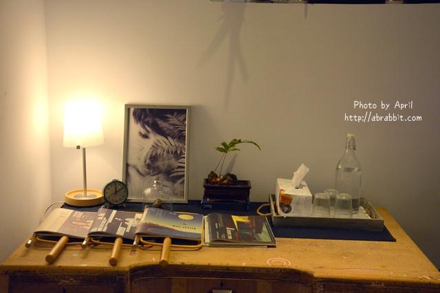 32862499260 529054f5fa o - [台中]時光--老屋系列 part11,近日新戲院、柳川水岸步道,老屋改造巷弄咖啡廳@中區 仁愛街