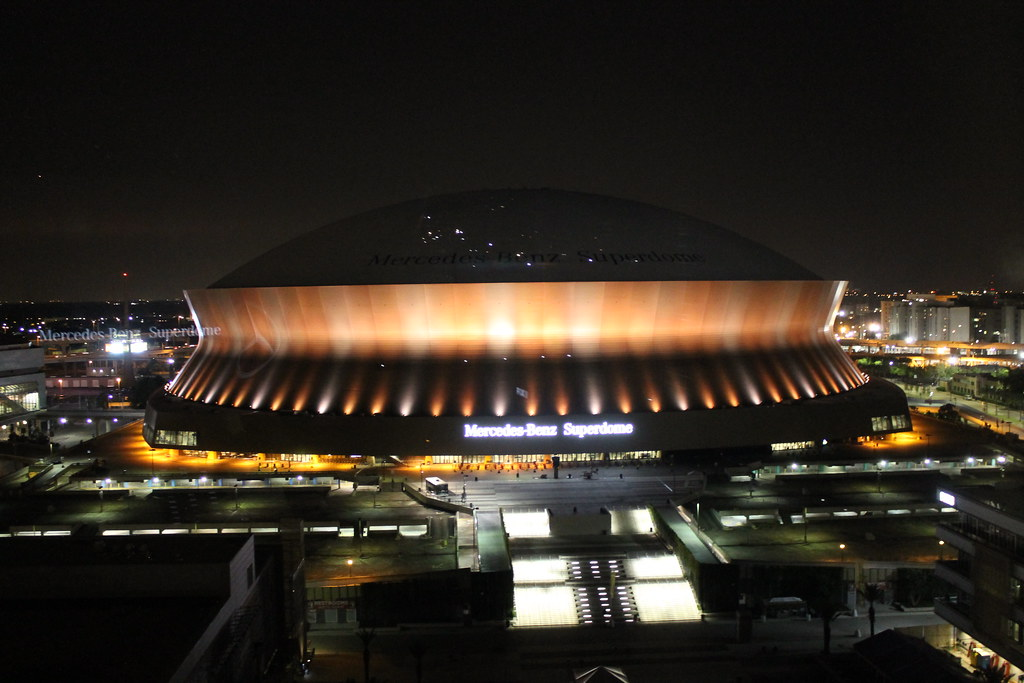... Mercedes Benz Superdome (New Orleans, LA) | By Cseeman