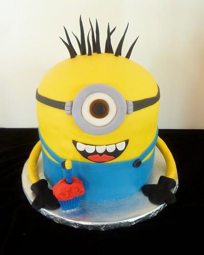 Minion Cake By Yvonne, Twin Cities, MN, Www.birthdaycakes4