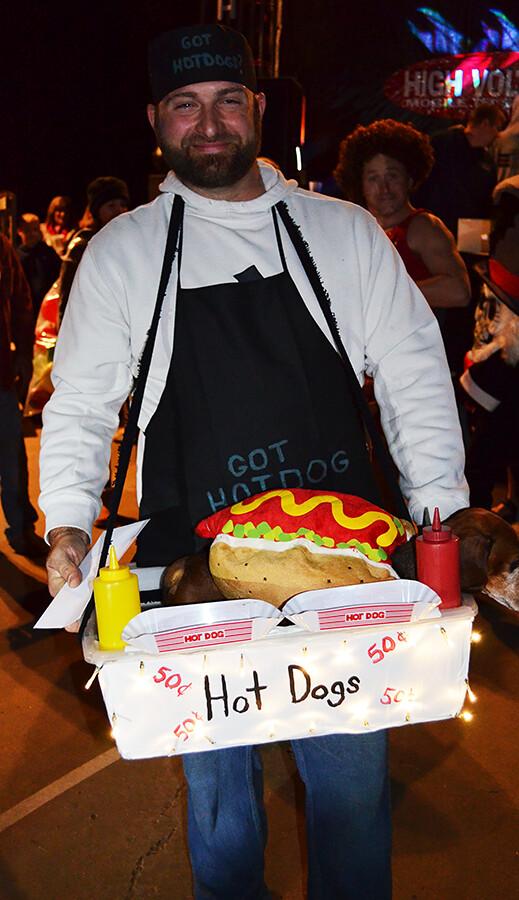 hot dog vendor costume
