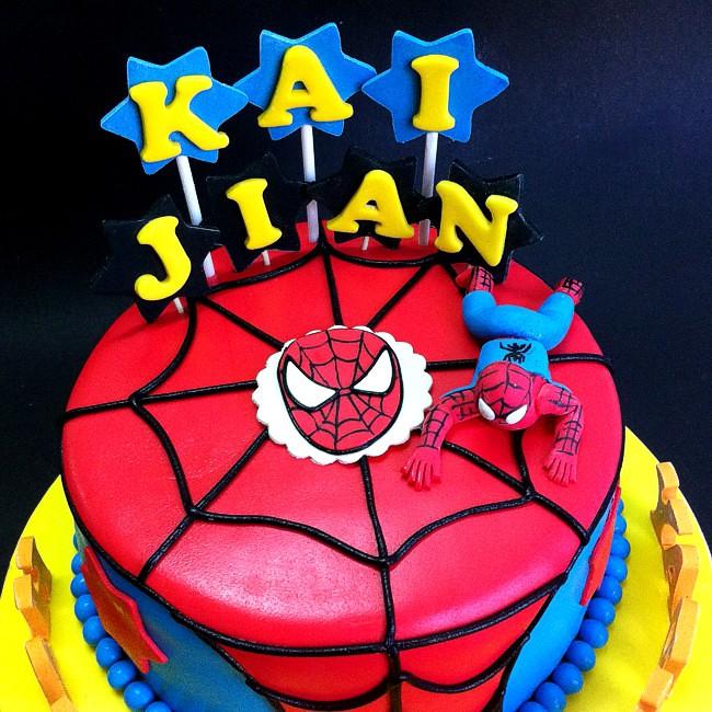 Fondant 3d spiderman cake Handcraft sweet fondant cake wit Flickr