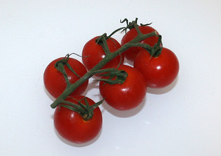 10 - Zutat Kirschtomaten / Ingredient cherry tomatoes