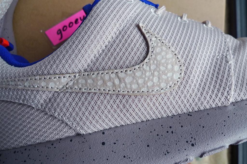 c6265f297e50 Nike Roshe Run x Size  Urban Safari Pack  Desert Sand   Sl (