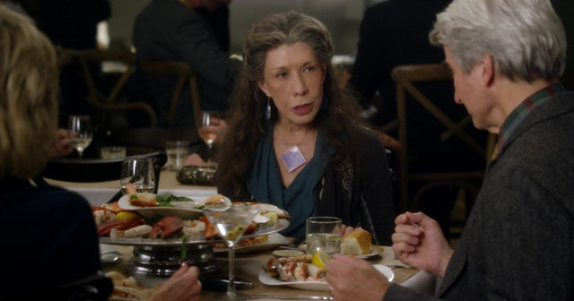 Grace and frankie -01x01- El Fin 03