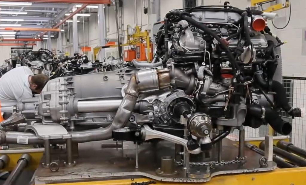 W12 Motor  impremedia