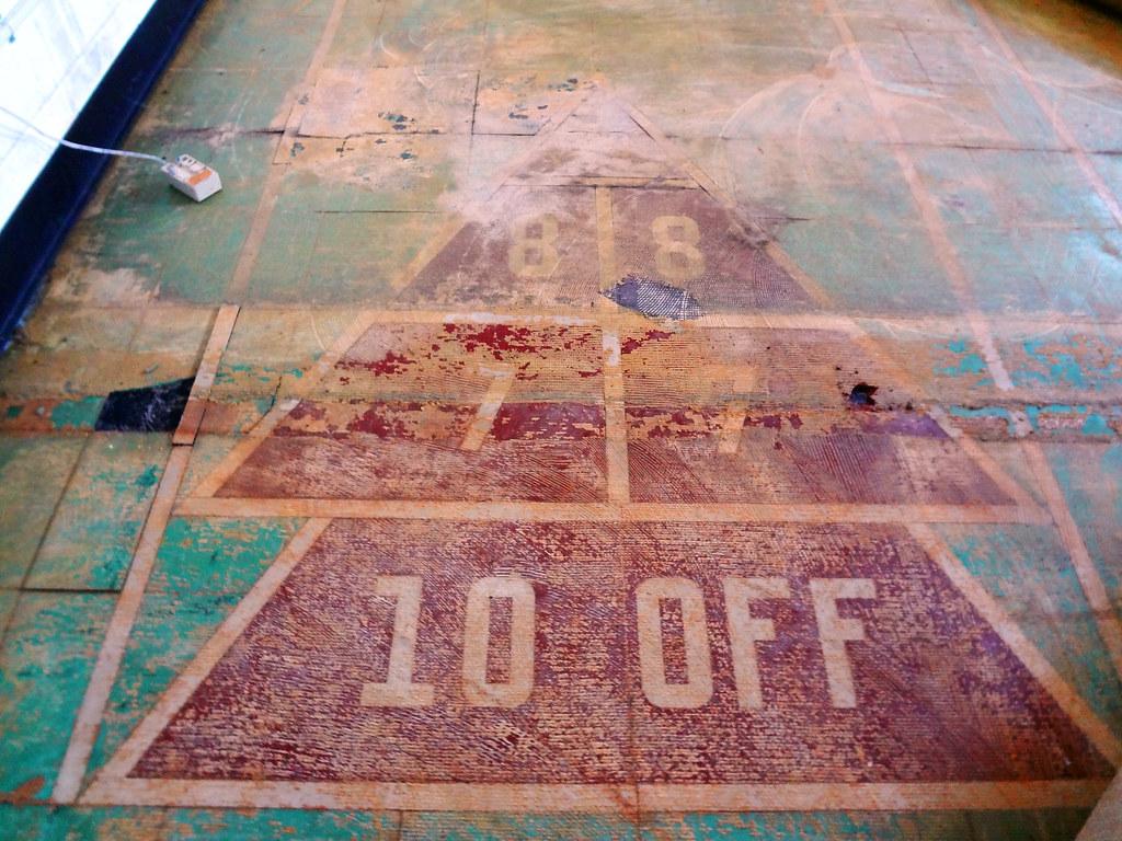 Asbestos Shuffleboard Anyone Vintage Asbestos Floor Tile Flickr