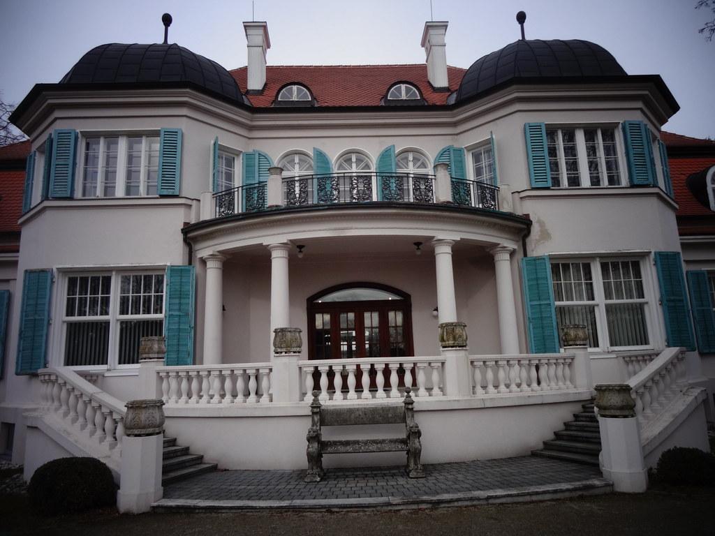 St. Pölten, Basse-Autriche (l\'art des villas de St. Pölten…   Flickr