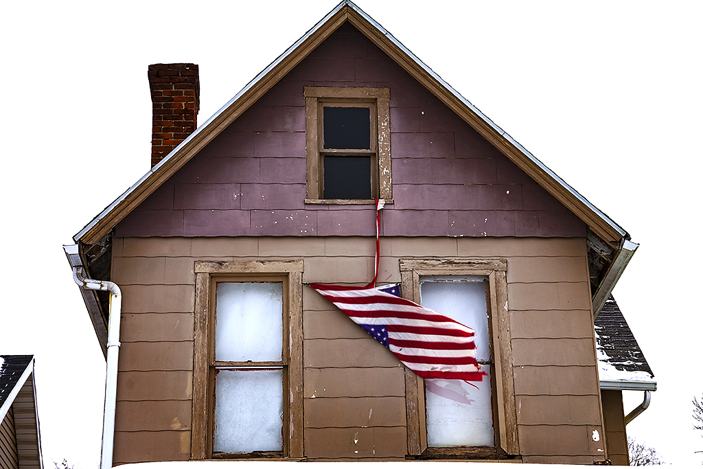 Franklinton-house-with-torn-flag--Columbus