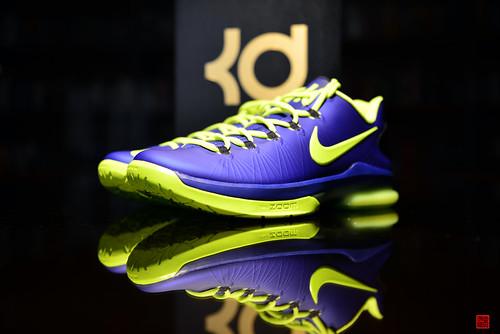 Nike Elite Shoes High Tops