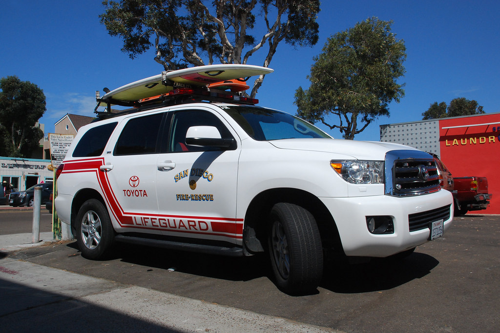 San Diego Lifeguard Toyota Sequoia Suv In Mission Beach S So