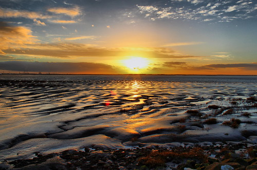 Sunset on the River Humber | by Lutra56