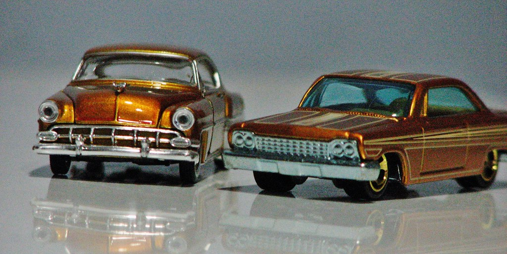 SOME 1/64 SCALE OLD CHEVYS   An M2 machines 1954 Belair and …   Flickr