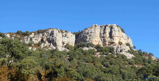 La vall de Lord -09- Serra de la Creu del Codó -02- Coves de la Creu del Codó, Creu del Codó y El Mirador de la Creu del Codó -01- (25-02-2017)