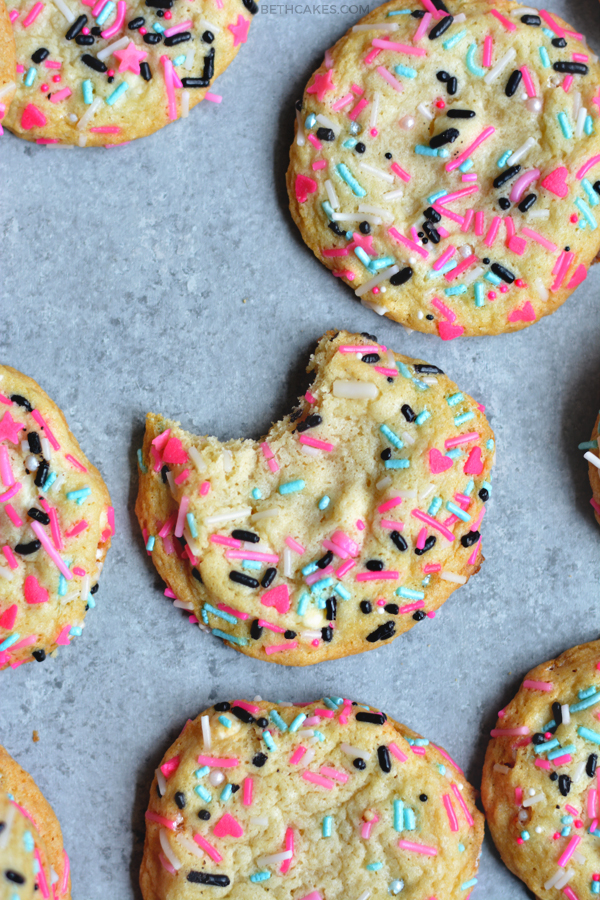 Funfetti Cookies - bethcakes.com
