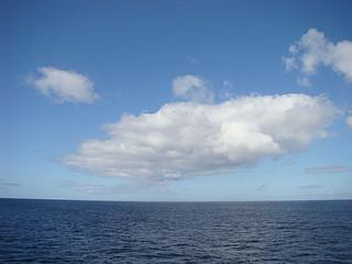 046 Wolken boven zee