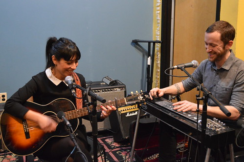 Darlin Darlin live on WFMU