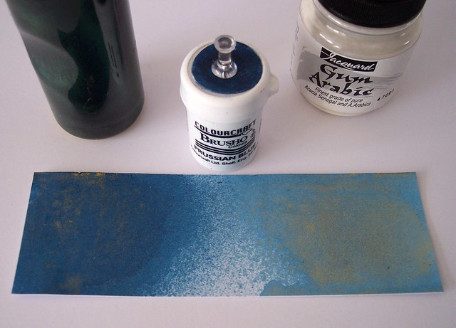 DIY Brusho shimmer spray with Pearl Ex 5