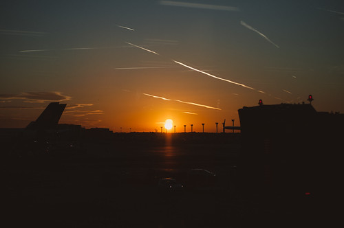 Sunrise at Frankfurt Airport | by Frau Haselmayer