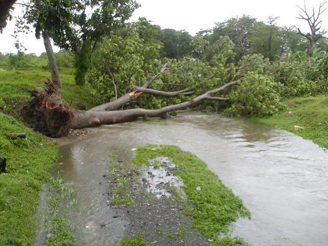 Huracán Ike a su paso por Santa Clara, Cuba - Martes 9 de Septiembre 2008