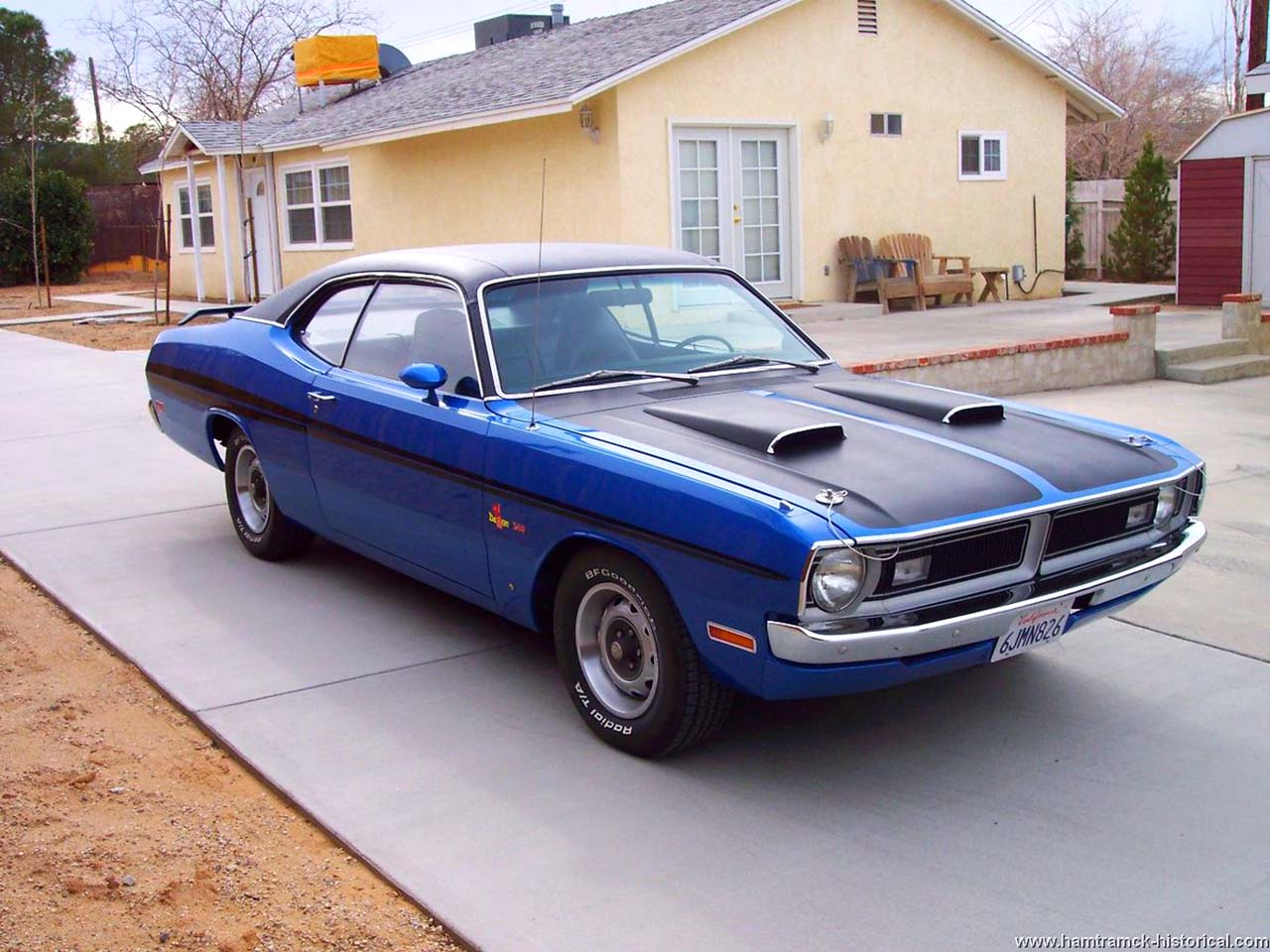 20 Classic & Badass Muscle Cars That Will Never Get Old #20: Dodge Demon (1971)