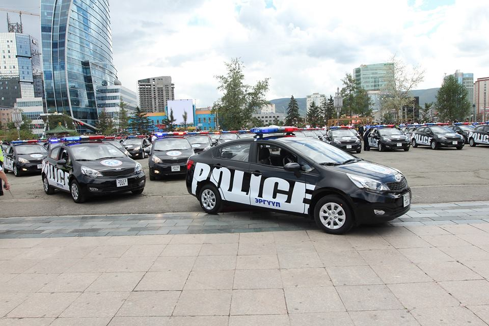 Kia Police Car in Mongolia | Enjoy the photos of Kia police … | Flickr