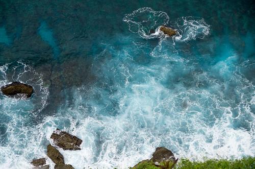 エメラルド色の海 恋人岬から