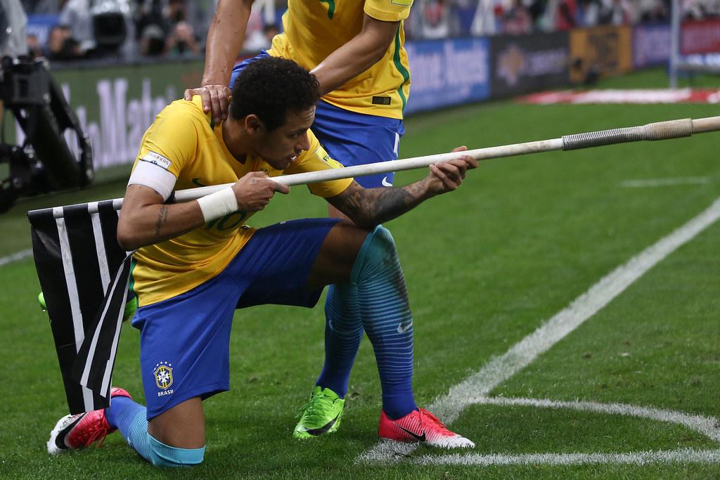 ... Brasil x Paraguai na Arena Corinthians. Neymar. Lucas Figueiredo CBF  bc15f13fd1fb7