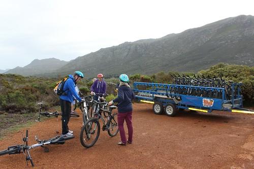 Http Www Africanbudgetsafaris Com Hiking Tours Mount Kenya Hike