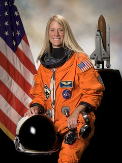 Astronaut Karen Nyberg PhD, STS-124 mission specialist, NASA photo (26 September 2007) 9365883267_7ef118c92c_n.jpg