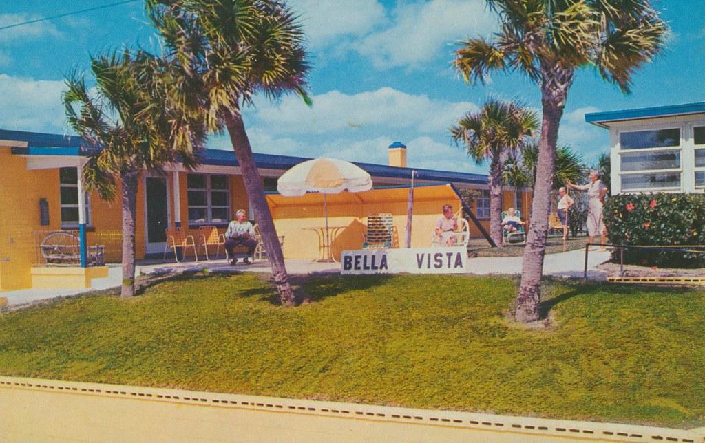 Bella Vista Court - Daytona Beach, Florida