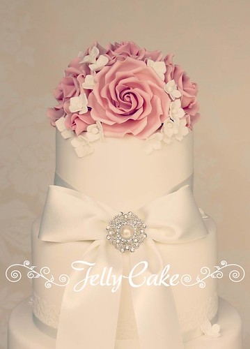 wedding cake roses pink vintage pink roses wedding cake a quot vintage quot style 23713