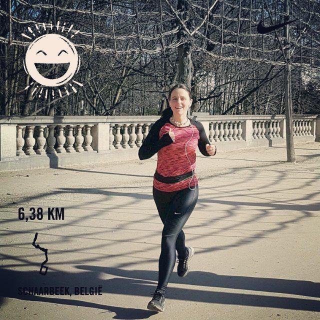 Zonnig middagloopje in het Warandepark. Ik word daar blij van! #roadtoverdi #running #runstagram #runfie