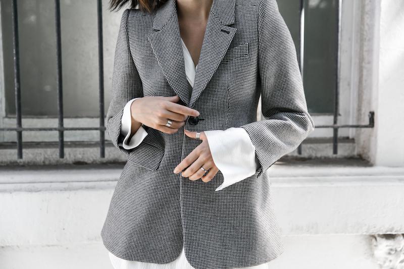 balenciaga houndstooth blazer street style trend grey white minimal fashion blogger modern legacy Acne Studios Jensen ankle boots Givenchy logo tote (6 of 15)