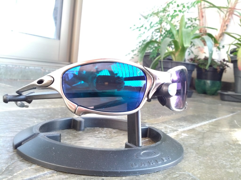 1b372b3899 Oakley Juliet Polished Blue Iridium « One More Soul