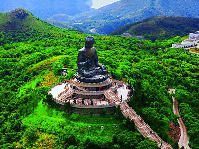 Resultado de imagem para Buda Gigante  em hong kong