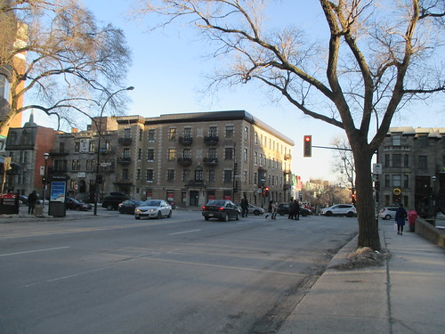 Late afternoon, rue Saint-Denis at Sherbrooke