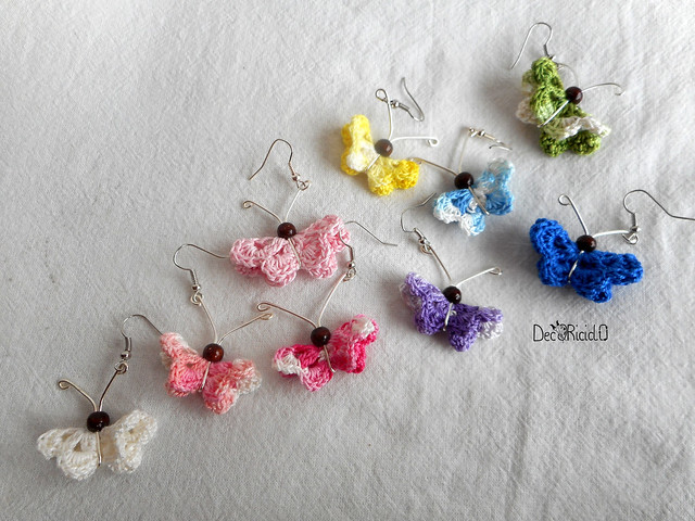 orecchini farfalle cotone, filo argento e perla di legno 2