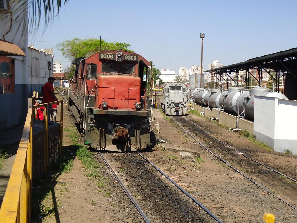 14437 C36ME 9306 E C30 7 9575 Em Araraquara SP