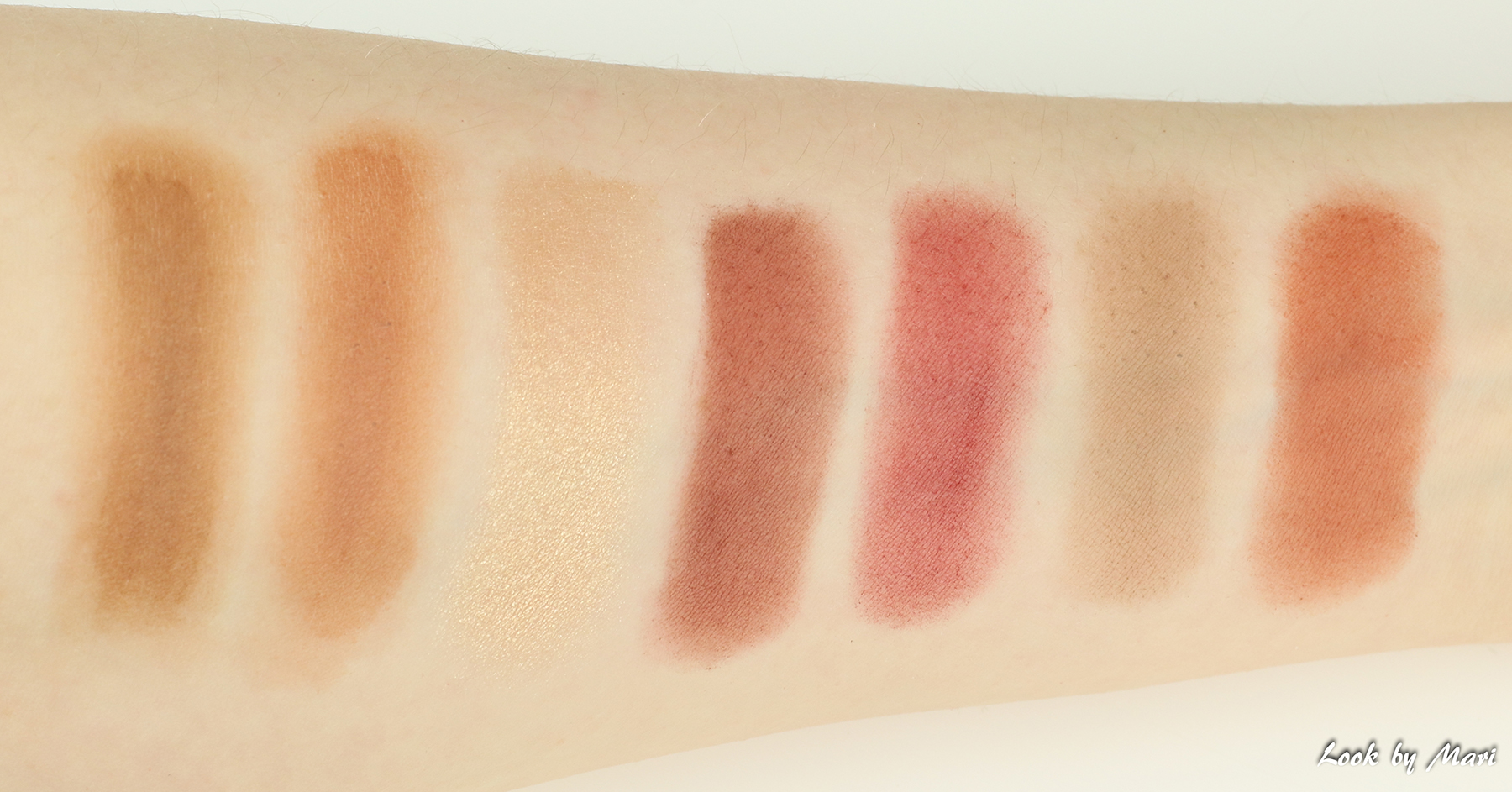10 Anastasia beverly hills modern renaissance eyeshadow palette swatches swatch colors shades