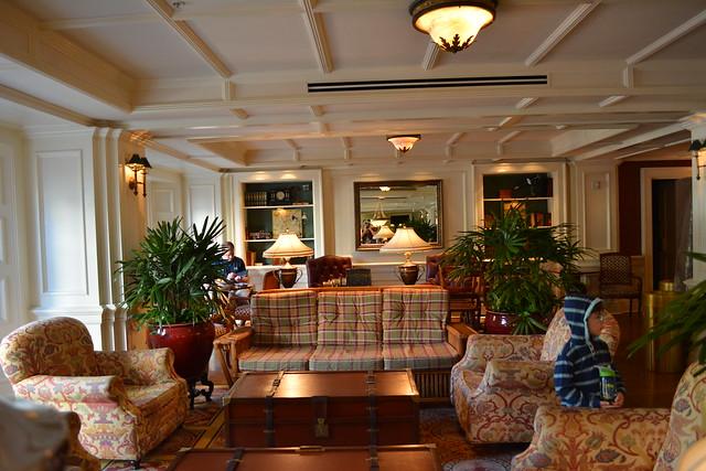 Disney's Boardwalk Inn & Villas Belle Vue Lounge
