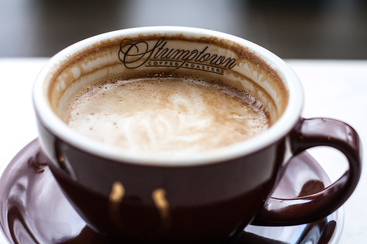 06portland-travel-stumptown-coffee-latte