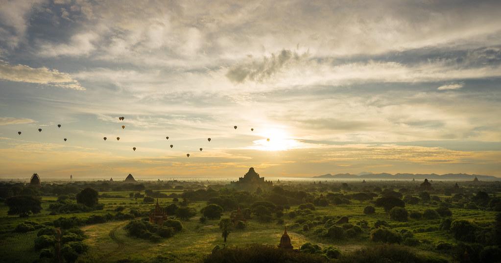 Balloons of Bagan