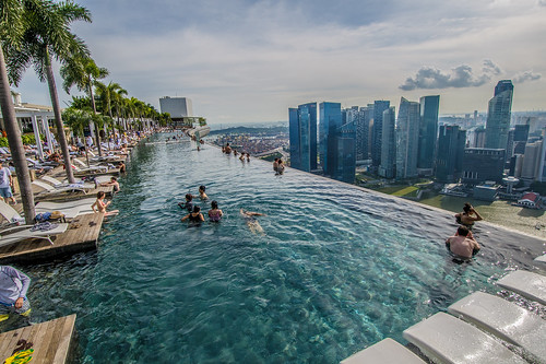 Infinity Pool, Marina Bay Sands, Singapore | by silaskhua