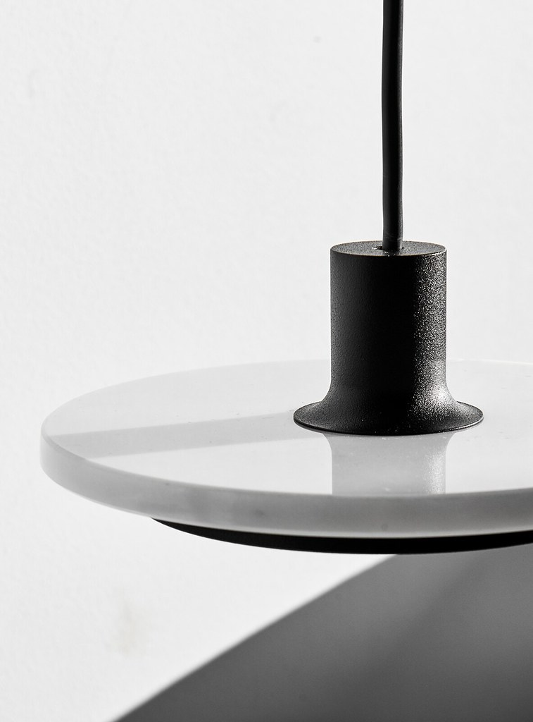Minimal pendant and floor lamp by London-based designerr Romain Voulet Sundeno_10