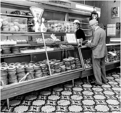 Arthur Ave Bakery | by Bob Jagendorf