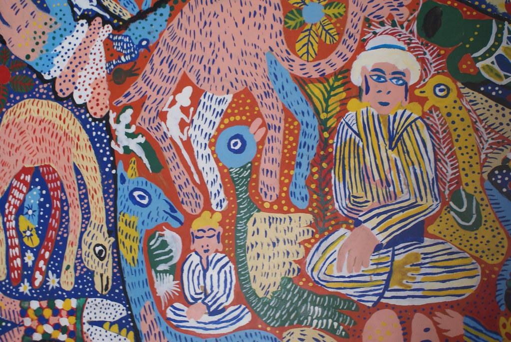 Une oeuvre dans le style d'Essaouira : Naif, coloré et débordant d'énergie.