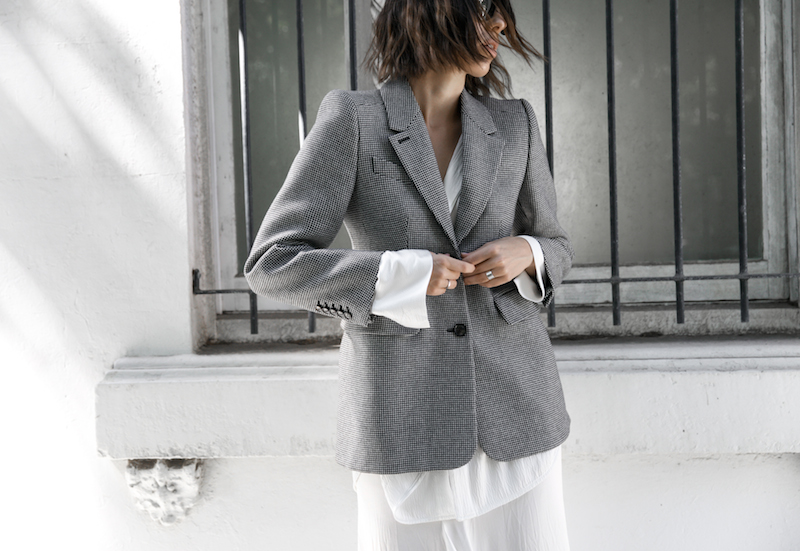 balenciaga houndstooth blazer street style trend grey white minimal fashion blogger modern legacy Acne Studios Jensen ankle boots Givenchy logo tote (5 of 15)