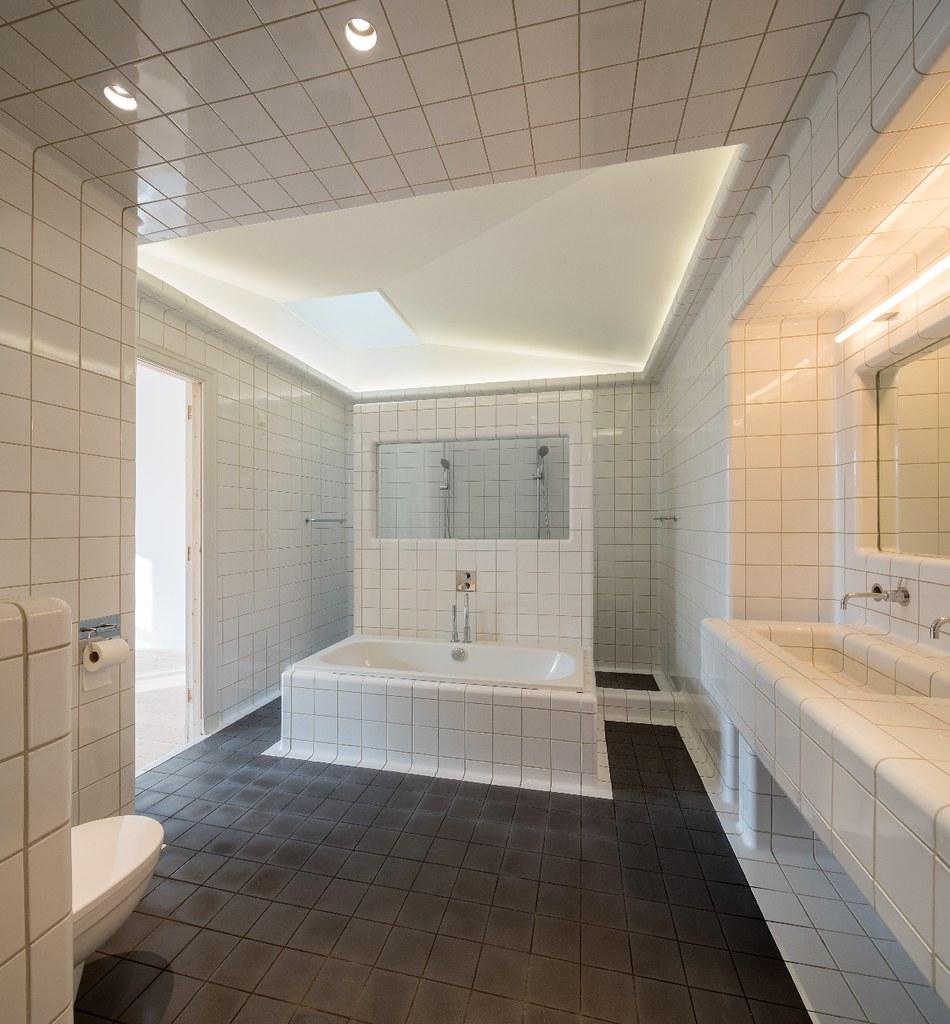 Herenhuis Heemraadssingel // badkuip en inloopdouche, badk… | Flickr