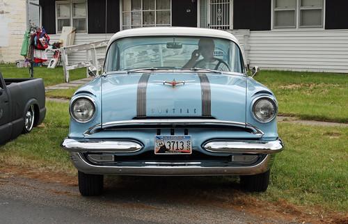 1955 pontiac chieftain 2 door sedan 1 of 10 for 1955 pontiac chieftain 4 door